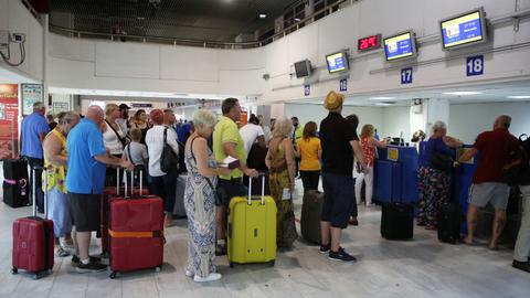 Most Thomas Cook holidaymakers back in UK