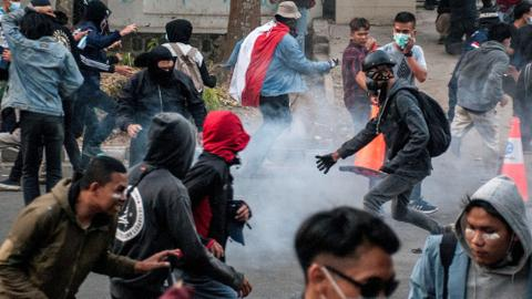 Indonesia arrests more than 500 after fresh protests