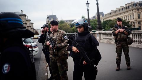 Paris knife attacker kills at least four police officers