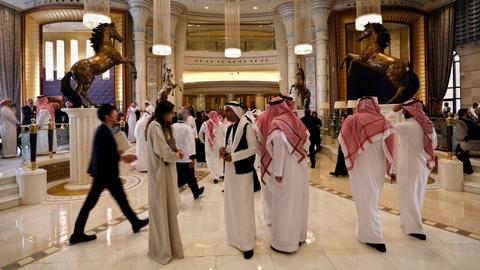Saudi Arabia to allow foreigners mixed-gender sharing in hotel rooms
