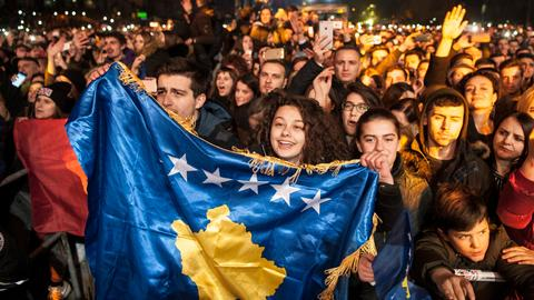 Kosovo votes amid pressure to reboot talks with Serbia