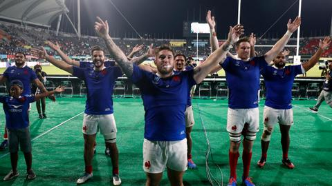 France qualify for quarter-finals in Rugby World Cup cliffhanger