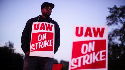 General Motors strike negotiations take 'turn for the worse' - union
