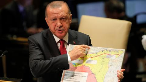 Turkey aims to hit YPG and manage Daesh prisoners in Syria offensive