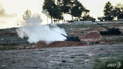 Turkey returns fire into Syria after rockets land in border town