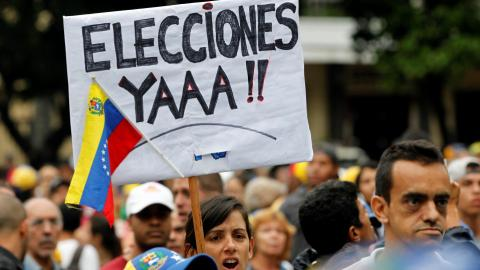 Venezuela opposition to hold mass anti-govt protests