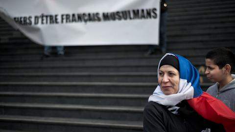Far-right French politician orders woman to remove hijab on school trip