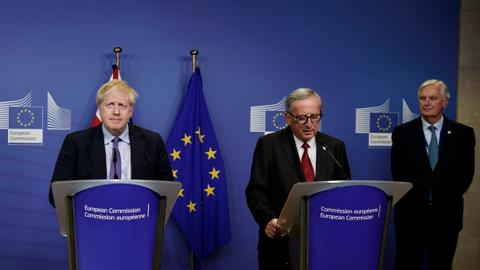 EU's Juncker says Brexit will not be delayed