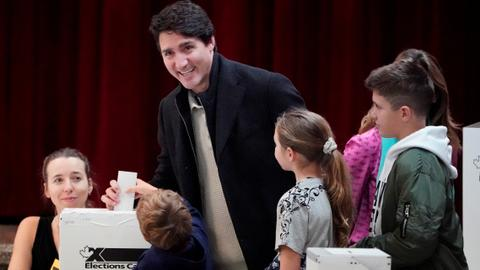 Canadians head to the polls, Trudeau hopes to stay in power