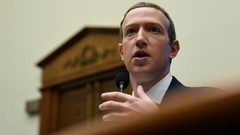Zuckerberg defends Facebook's currency plans before Congress