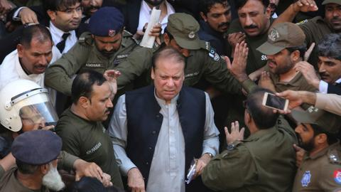 Pakistan court frees ex-PM Sharif for medical treatment