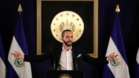 El Salvador expels Venezuela diplomats in challenge to Maduro