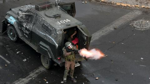 Chileans recall 'sadistic' violence at hands of security forces