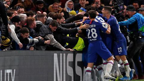 Chelsea spirit delights Lampard in 'mad' 4-4 Ajax draw