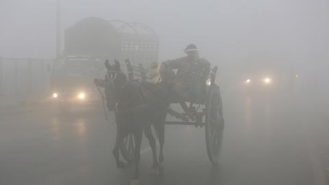 Schools shut in Pakistani city amid high smog