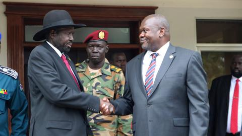 South Sudan rival leaders delay forming coalition government