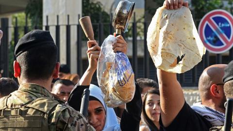 World Bank raises alarm on Lebanese economy amid protests