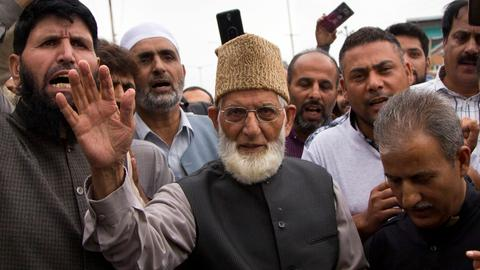 Top Kashmiri leader asks Pakistan to withdraw from peace pacts with India