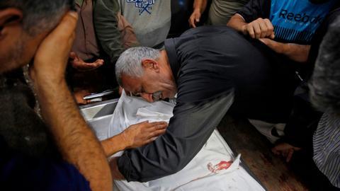 Ten Palestinians killed in Israeli air strikes in Gaza