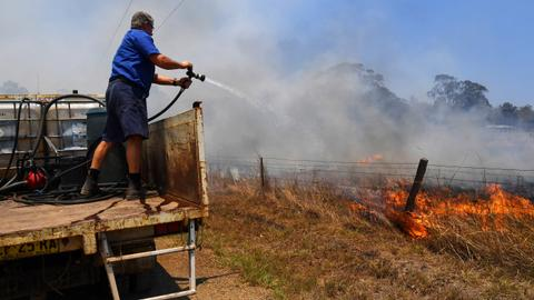 Death toll in Australia bushfires rises to four
