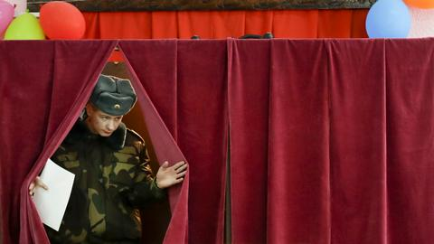Belarusian president maintains hold on power after elections
