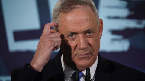 Netanyahu challenger Benny Gantz fails to form coalition