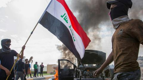 At least 13 Iraqi protesters dead as unrest intensifies