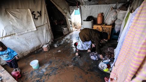 Turkey says around 370,000 Syrian refugees return to terror-free areas