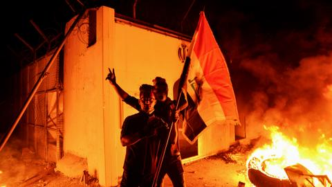 The significance of torching the Iranian consulate in Najaf