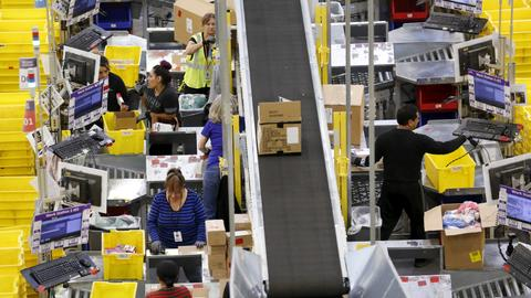 Black Friday online sales hit record $7.4B in US