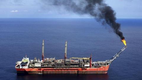 Pirates kidnap 19 Greek tanker crew members off Nigeria