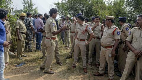 Indian police kill rape-murder suspects, sparking celebrations