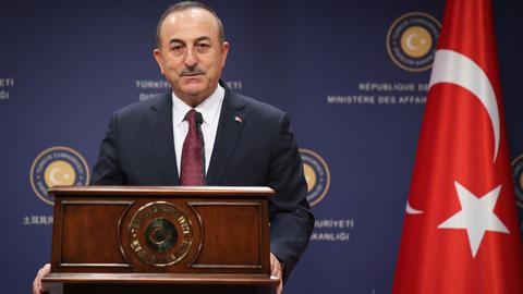 Turkey reminds the US of Incirlik base after sanctions threat. A first? No.
