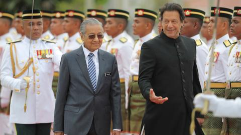 Confusion over reports Pakistan PM Khan may ditch Malaysia summit