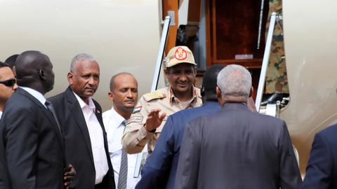 Sudan inks peace deal with rebel faction, paves way for more