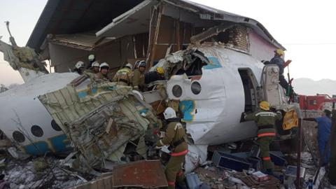 Many killed after passenger plane crashes in Kazakhstan