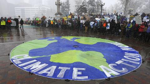 UN climate talks hang in the balance over US policy