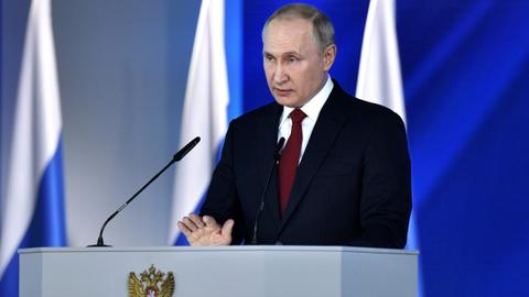 Russian PM, govt resign as Putin engineers shake-up