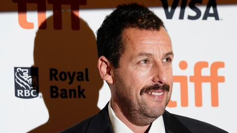 Adam Sandler to make four new movies for Netflix