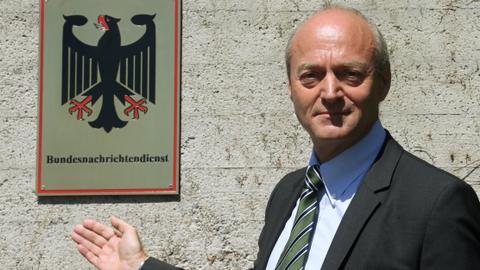Under lock and key: Germany blocks the memoir of a former spy chief