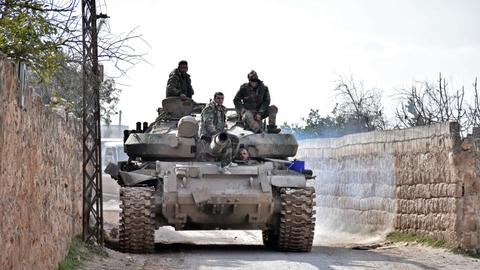 Syrian regime enters Idlib's strategic town of Saraqeb