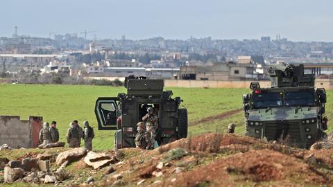 Turkey hints at 'Plan B' if Syria regime violates Idlib deals
