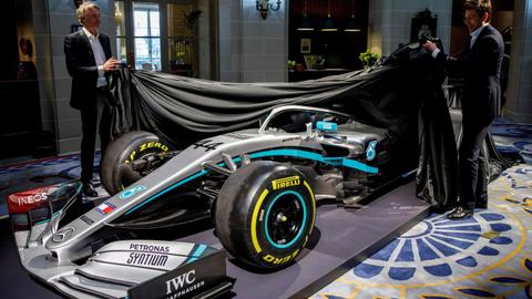 Mercedes F1 team signal future intent with Ineos deal