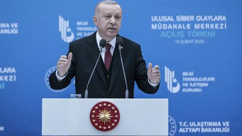 Turkish president holds meeting on next steps in Syria's  Idlib