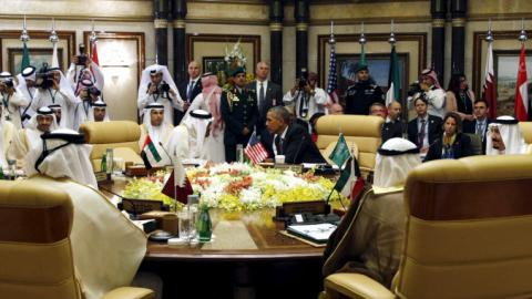 Obama seeks to repair strained relations with Gulf leaders