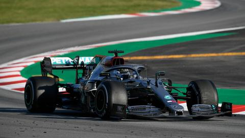 Mercedes close to record pace as Ferrari suffer