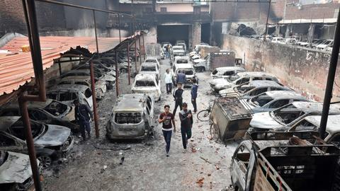 Tensions high as death toll from India riots jumps to 38