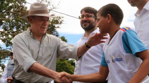 Turkey opens school in Colombia