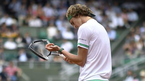 Zverev crashes as Murray marches on in Paris
