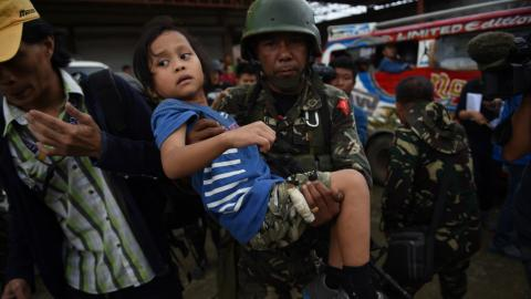 Philippine military steps up assault against Maute group